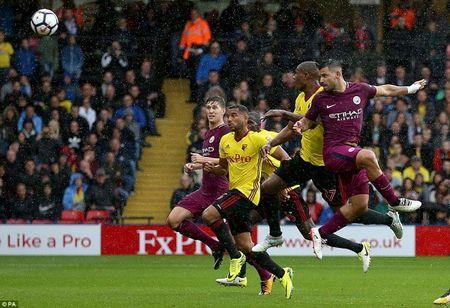 Man City len ngoi dau sau man 'huy diet' Watford - Anh 4