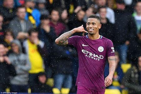 Man City len ngoi dau sau man 'huy diet' Watford - Anh 6