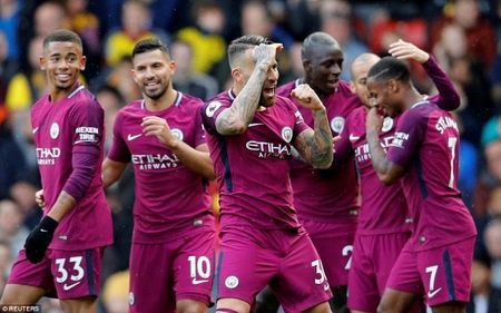 Man City len ngoi dau sau man 'huy diet' Watford - Anh 9