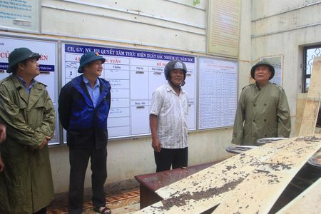 Quang Tri: Khoang 10 nghin ho dan bi mat dien do bao so 10 - Anh 3
