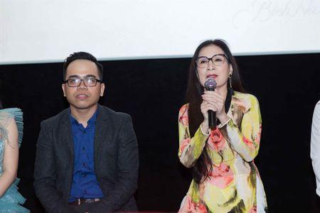 Huong Tram hao hung ung ho dao dien Kawaii Nguyen Tuan Anh ra mat phim moi - Anh 2