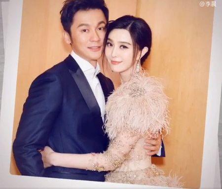 HOT: Ly Than chinh thuc cau hon Pham Bang Bang trong ngay sinh nhat - Anh 3