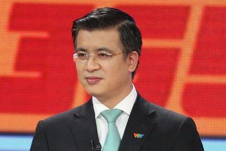 Giam doc VTV24 Quang Minh lo anh cuoi voi ban gai - Anh 3