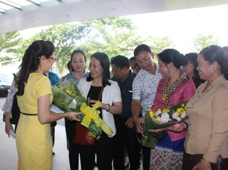 Cac hoat dong ben le Dien dan Phu nu 3 nuoc Viet Nam – Lao - Campuchia - Anh 6