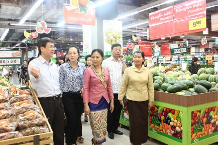 Cac hoat dong ben le Dien dan Phu nu 3 nuoc Viet Nam – Lao - Campuchia - Anh 8
