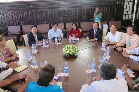 Doan MTTQ Viet Nam lam viec voi Ban Doi ngoai Quoc hoi Cuba - Anh 1
