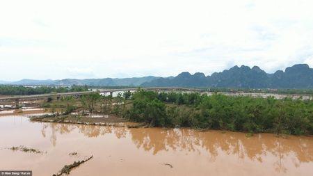 Quang Binh xac xo sau bao qua goc nhin tu tren cao - Anh 8