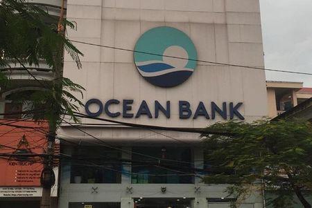 Ba can bo OceanBank Hai Phong bi khoi to lien quan toi vu mat 400 ty dong - Anh 1