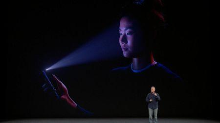 Do an toan cua cong nghe Face ID tren iPhone X - Anh 1
