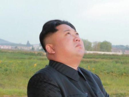 Ong Kim Jong-un muon Trieu Tien manh can bang My - Anh 1