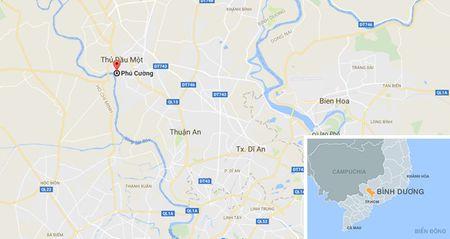 Hang tram canh sat 'dot kich' quan bar F1 co tieng o Binh Duong - Anh 3