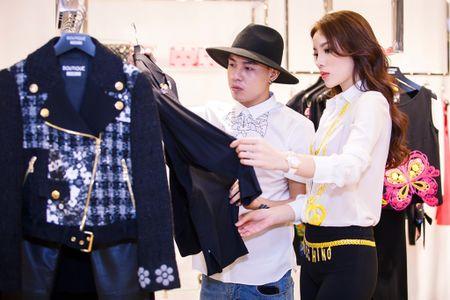 Hoa hau Ky Duyen chuan bi do hieu du Milan Fashion Week - Anh 2