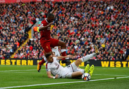 Liverpool gay that vong, Man City thang dam Watford 6-0 - Anh 7