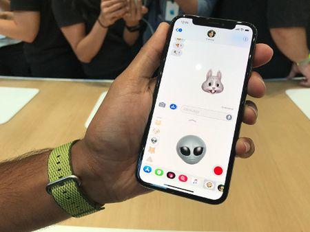 10 tinh nang hang dau cua nganh cong nghiep smartphone chi co tren iPhone X - Anh 9