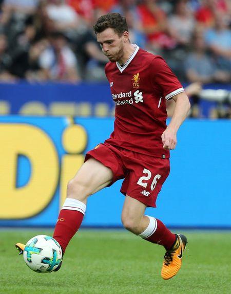 Doi hinh 'sieu tan cong' giup Liverpool ha dep Burnley - Anh 6