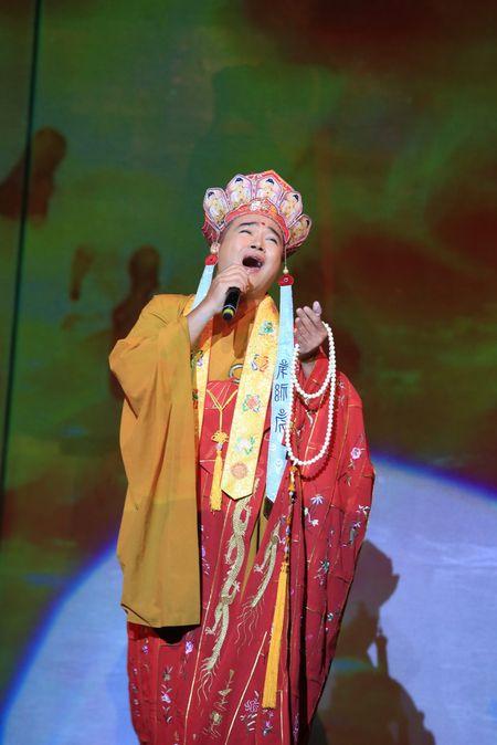 Sao Mai Thuy Dung dep man ma ngay 'tro lai' showbiz - Anh 11