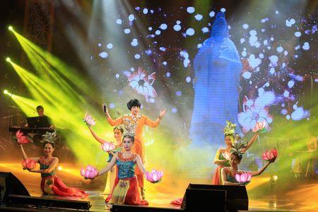 Sao Mai Thuy Dung dep man ma ngay 'tro lai' showbiz - Anh 9
