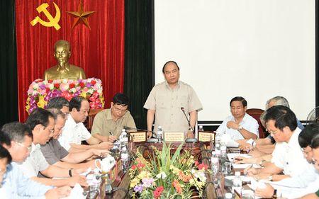 Thu tuong danh gia cao nguoi dan chu dong phong chong bao so 10 - Anh 1