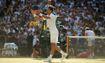Djokovic 'tốc hành' vào vòng bốn Wimbledon