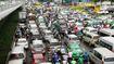 Cửa ngõ sân bay Tân Sơn Nhất kẹt cứng vì… 2 xe chết máy