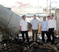 Lãnh đạo tỉnh Hà Tĩnh thị sát, chỉ đạo sớm khắc phục hậu quả vụ cháy chợ Bộng