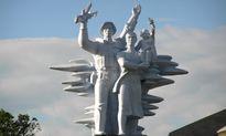 Điêu khắc tượng đài - Bài 2: Nhiều và xấu?
