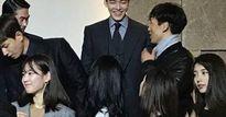 """Bạn gái Lee Min Ho tái ngộ """"tình cũ"""" trong đám cưới đồng nghiệp"""