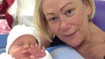 Mẹ mang thai hộ con gái bị mắc bệnh ung thư
