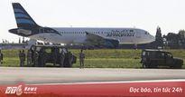 Máy bay chở hơn 100 người của Libya bị không tặc khống chế