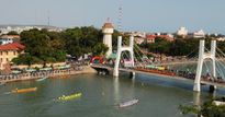 Phan Thiết (Bình Thuận): Tưng bừng lễ hội đua thuyền truyền thống mừng xuân Đinh Dậu