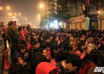 Lễ giải hạn ở chùa Phúc Khánh: Đám đông tràn ra đường đã bị 'khắc chế'