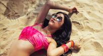 Đông Nhi diện bikini nóng bỏng trong MV mới