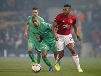 Quậy 'tới bến' trên sân của Man United, CĐV St Etienne đối mặt với án phạt