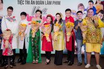 Vy Oanh cùng Huy Khánh và con gái vui mừng trong ngày Vali Tình Yêu ra mắt
