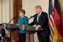 Tổng thống Mỹ tố nữ phóng viên hãng thông tấn Đức đưa tin sai sự thật
