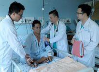 2 bệnh viện Sài Gòn hợp sức cứu sống du khách Singapore đột quỵ
