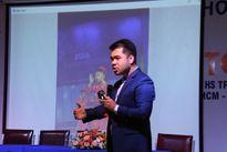 Học sinh thi hùng biện tiếng Anh về ý tưởng khởi nghiệp