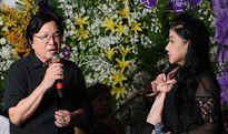 Nghệ sĩ cải lương Việt hát bên linh cữu NSƯT Thanh Sang