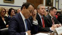 United Airlines nhận 'thất bại thảm hại' sau vụ ngược đãi bác sỹ David Dao