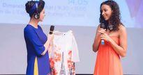 Ngọc Hân tặng áo dài cho Hoa hậu Pháp 2014