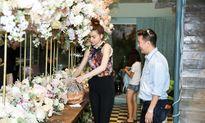 Soi quà khủng trăm triệu Hà Hồ dành tặng 'đám cưới' Đàm Vĩnh Hưng