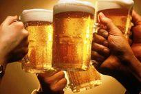 Uống bia giúp giảm đau