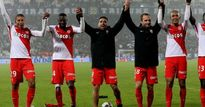 Clip: Sao 100 euro lập công, Monaco vô địch Ligue 1 sau 17 năm