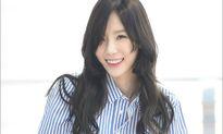 Tae Yeon diện quần rách ở đùi cá tính, BTS khoe style chất ở sân bay