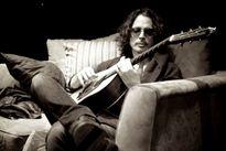 Rocker huyền thoại Chris Cornell qua đời ở tuổi 52