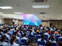 Chủ tịch Hà Nội đối thoại với công nhân khu công nghiệp Nội Bài