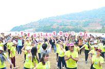 Đà Nẵng: 1.000 sinh viên kêu gọi không mang túi ni - lông đến Sơn Trà