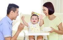 Cho bé dưới 1 tuổi ăn những thực phẩm này là đang hại con nghiêm trọng