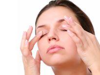 Chăm sóc mắt như thế nào khi đi bơi?