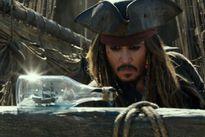 Johnny Depp đại thắng, The Rock thất bại tại phòng vé
